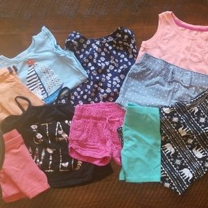 Bundle 4T, 5 matching outfits plus 5 tank tops